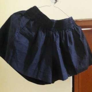 Preloved Rok Celana Flare Hitam Fit to L Pinggang Karet Mat Katun