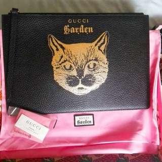 最新Gucci 貓貓clutch