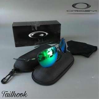 Oakley thailook