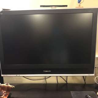 Panasonic 36 inch TV with hdmt