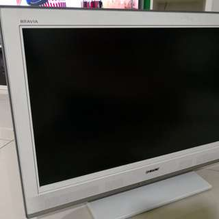 Used Sony TV 32inches