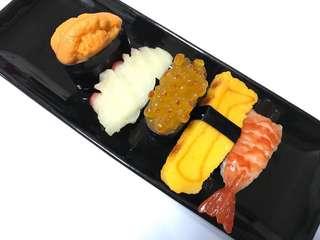 Fridge magnet sushi