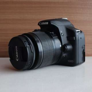 Canon EOS 500D + 18-55mm kit lens