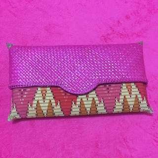BATIK CLUTCH ANYAM (pink)