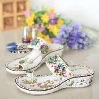 Style bohemian shoes