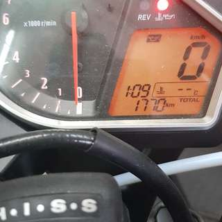 Cbr 1000rr 12 model non abs selling on behalf