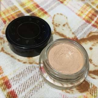 Becca ultimate cover concealer