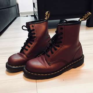 Dr Martens Boots (Cherry red)