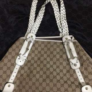 Authentic Gucci Bag (moving abroad... rush sale!!!) negotiable.