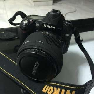 Used Nikon D90