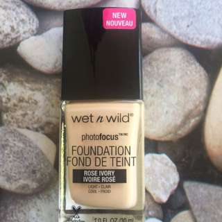 WetnWild Photofocus foundation