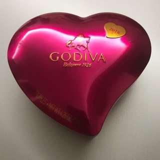 Godiva Heart Box Chocolate (12 pcs)