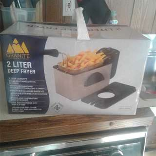 Brand new deep fryer