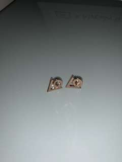 New mimco gold earrings