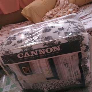 Twin comforter 160cm x 220 cm