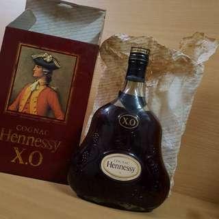 Hennessy  700 ml 軒尼詩 XO青樽三行