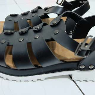 New donatello platform sandal