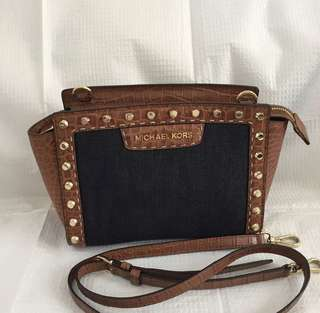 Michael Kors Selma pick stitch mini messenger bag