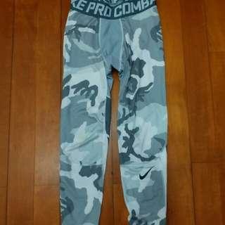 Nike Pro Combat Legging - Size M