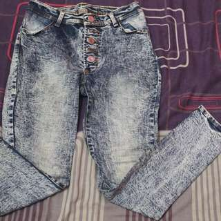 Jeans kancing 5