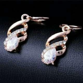 18k gold rose plated earring