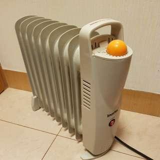 伊瑪牌小型充油式電暖爐INY-09W