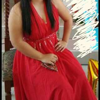 For rent Long gown red