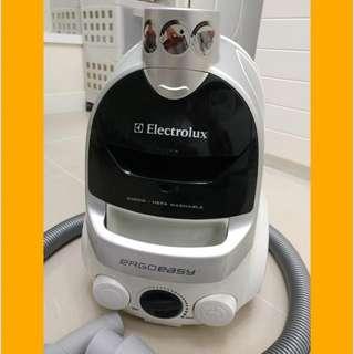 Electrolux ZTI-7635 吸塵機 (2000W)