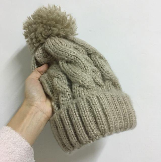 近全新內刷毛保暖立體毛帽