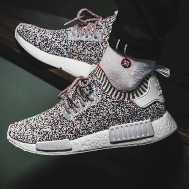 92ccd8e9502c5 Adidas NMD R1 Colour Static