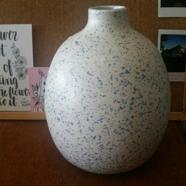 Blue & white speckled vase