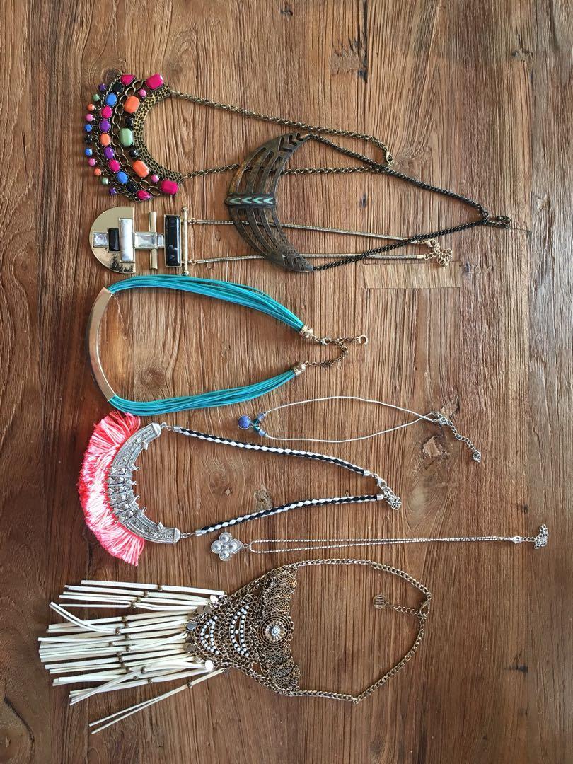 Bulk costume jewellery