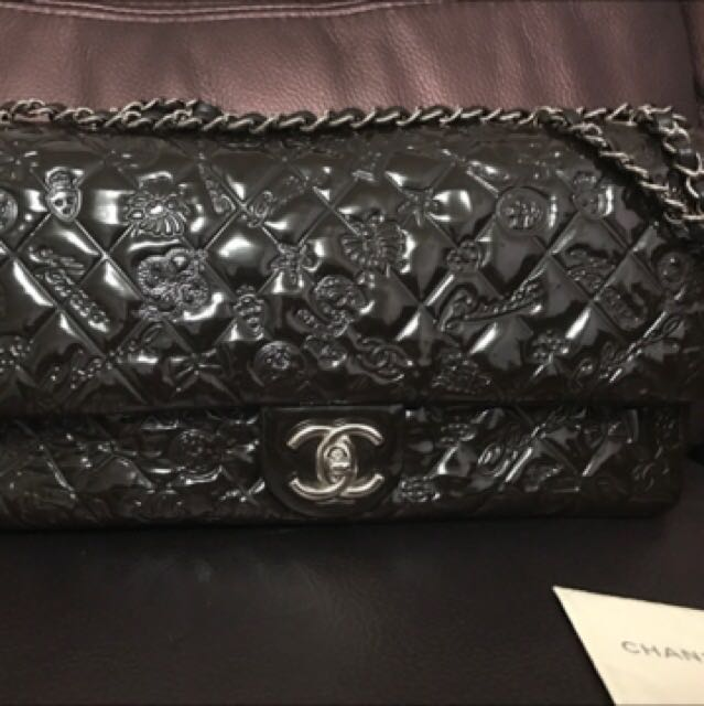 f2401f89bb22 Chanel Seasonal bag, Luxury, Bags & Wallets on Carousell