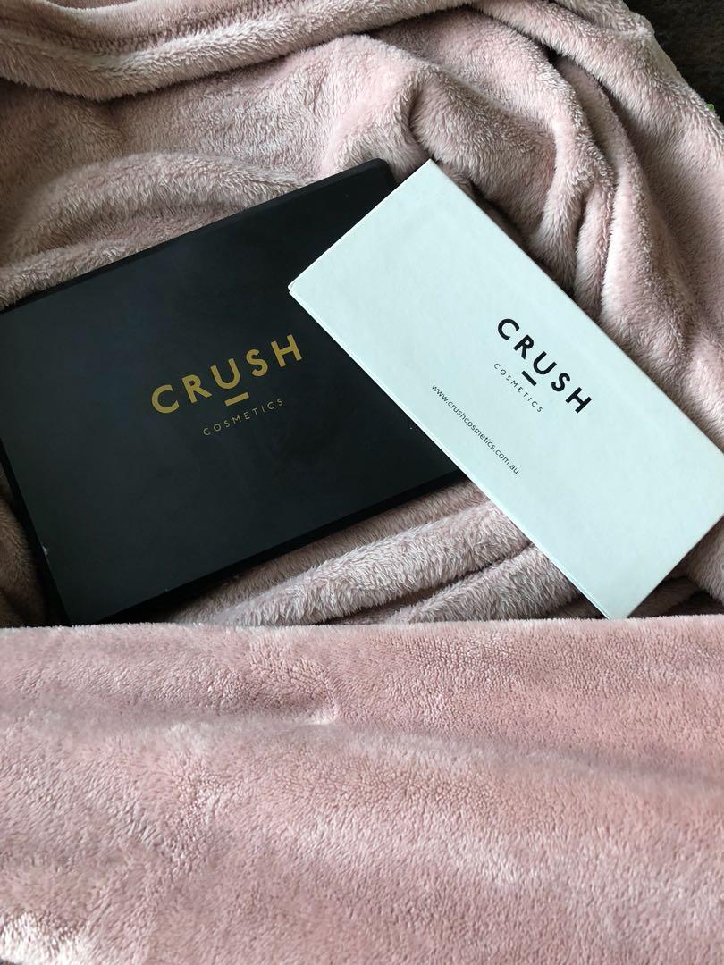 Crush Cosmetics glitter and peach duo