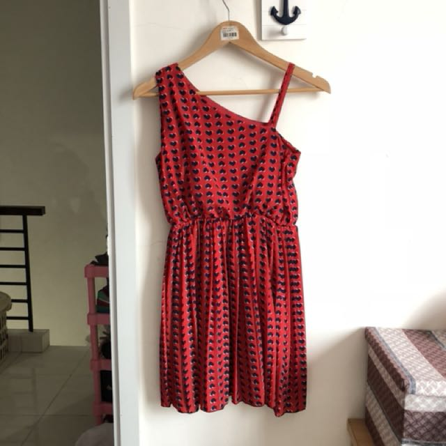 Dress merah hati red heart