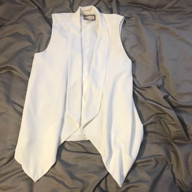 F21 sleeveless blazer