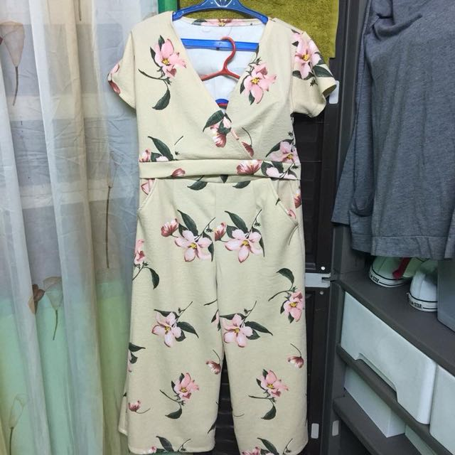 [FREE SHIPPING] Floral Terno