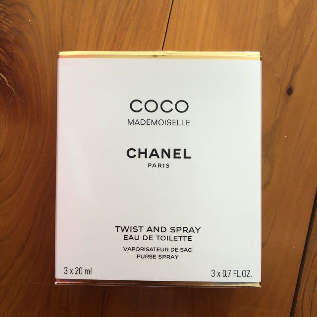 Genuine new chanel twist and spray toilette
