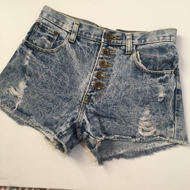 High waist denim shorts2