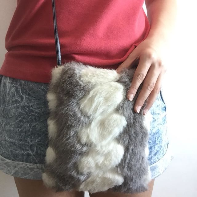 HK grey/white fur crossbody bag