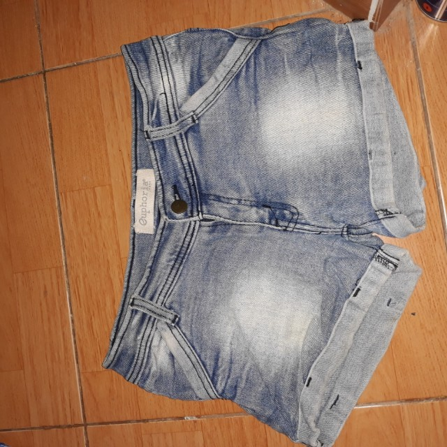 Hotpants euphoria /ripped jeans