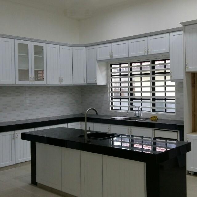 Kabinet Dapur Nyatoh, Rumah & Perabot, Perabot Di Carousell