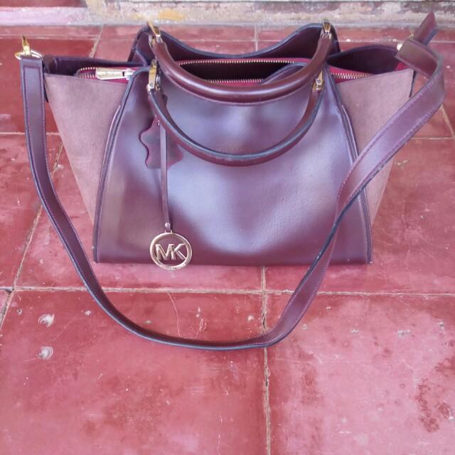 Michael Kors Sling Bag KW