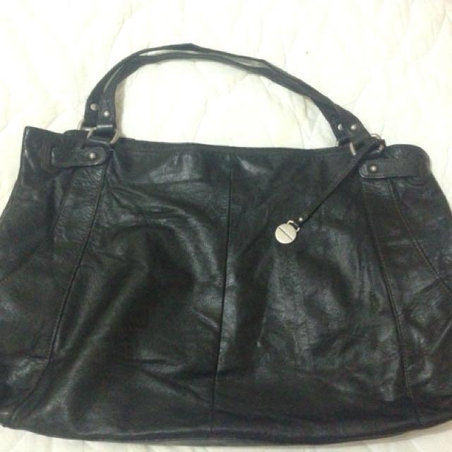 Rabeanco Authentic Large Shoulder bag