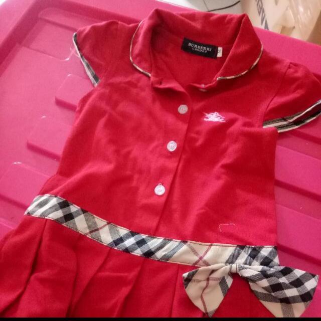 Red Dress MERK BURBERRY