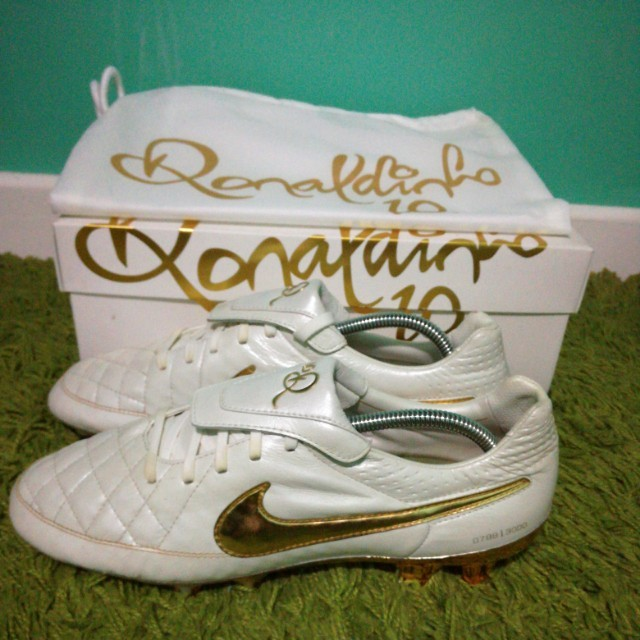 more photos 96687 a7524 nike tiempo legend ronaldinho