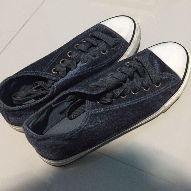 Sepatu by Rubi