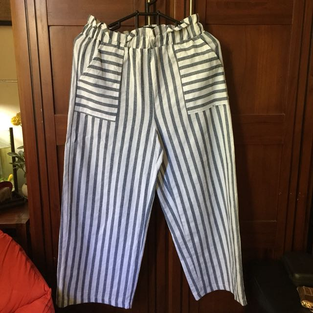 This is April Stripes Pants