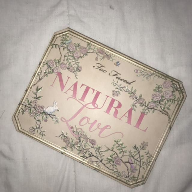 AUTH Too Faced Natural Love ✨