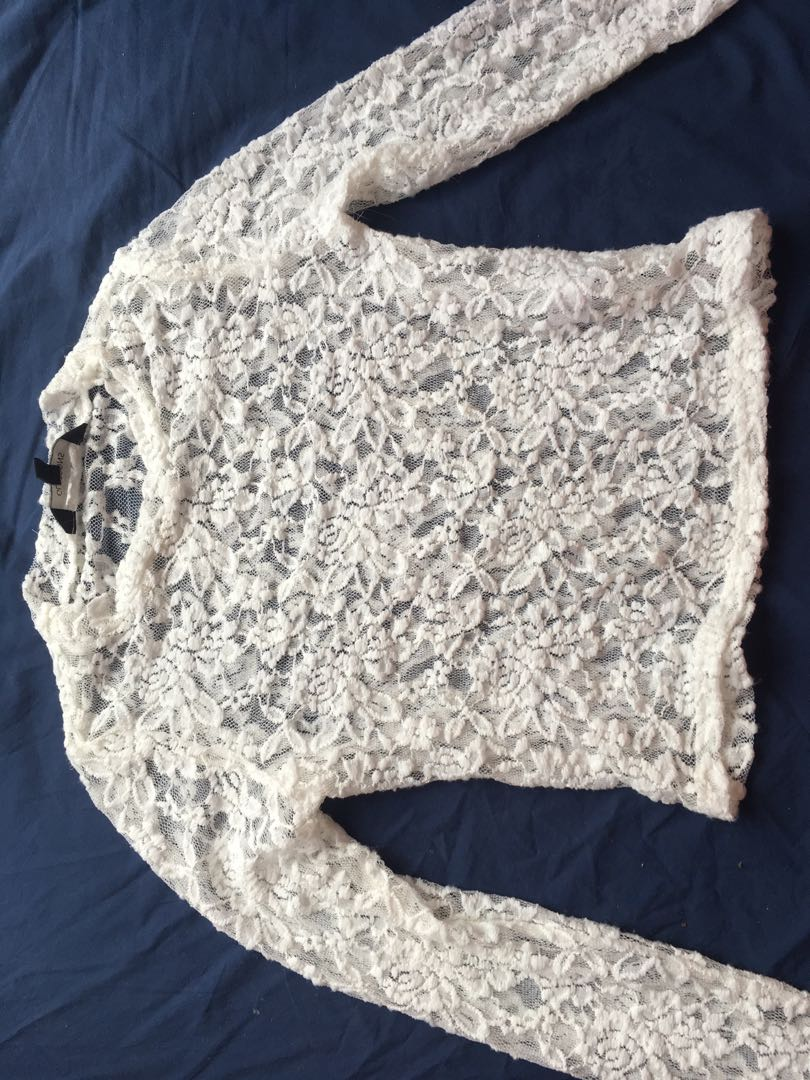 White lace glassons top!